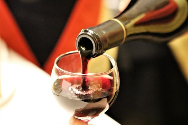 Vin & tapas møder Guld & Kaos