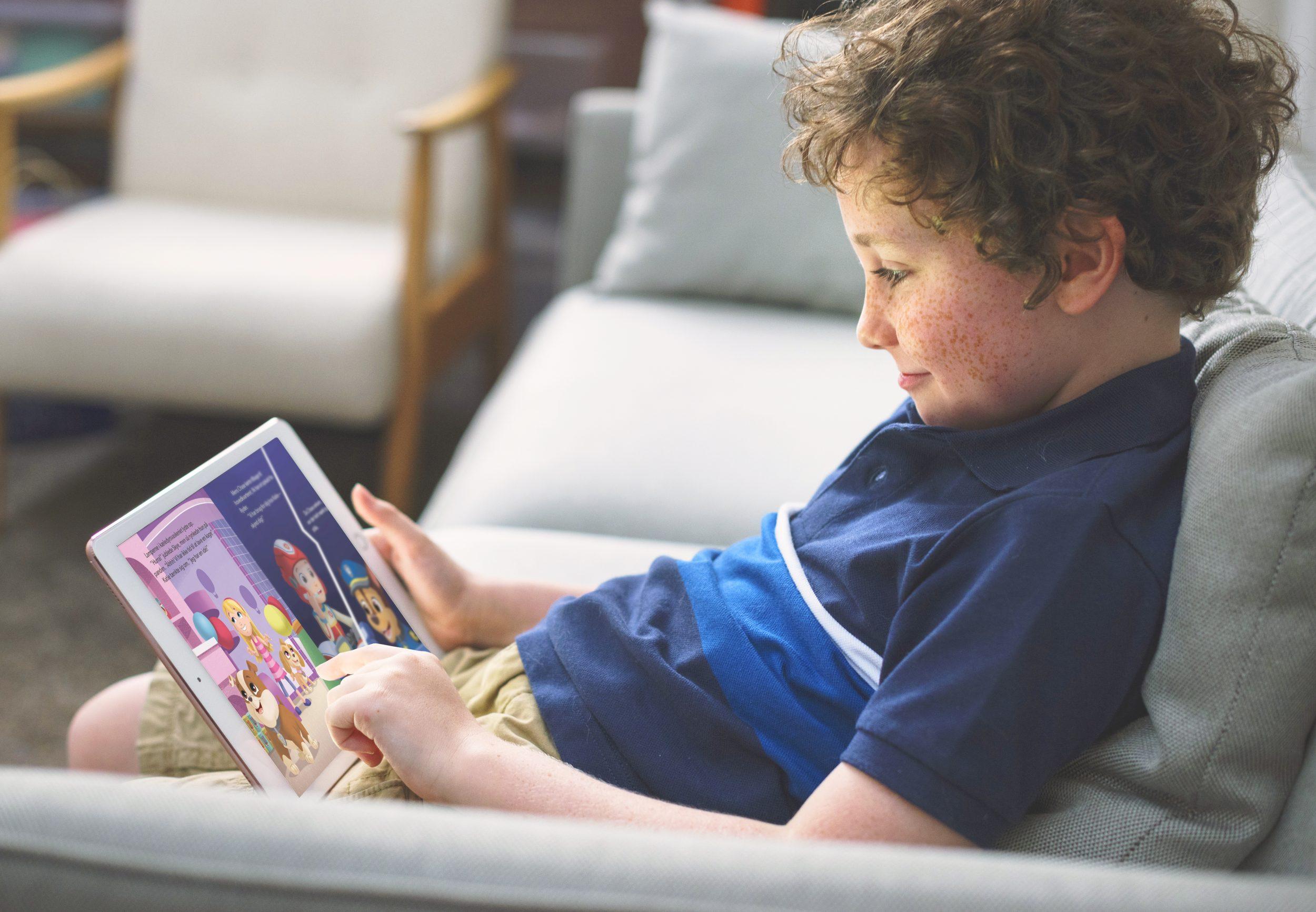 Forældre: Højtlæsning er vigtigt, men vi gør det for lidt